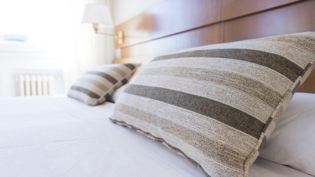 クラウドファンディングで安眠を!枕プロジェクト事例4選