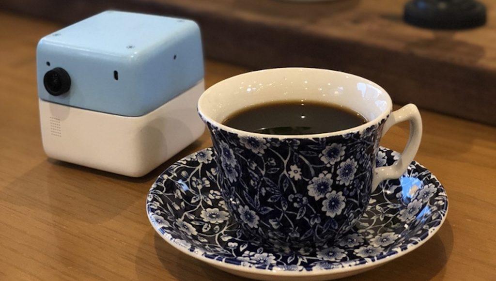 PLEN Robotic、クルックスクルーズとAIアシスタントPLEN Cubeの顔認証を利用したコーヒー・サブスクリプションサービスの実証実験を実施