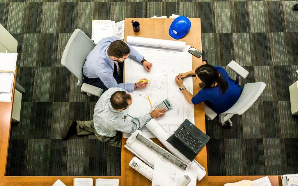 新規事業開発におけるメンターの役割とは?